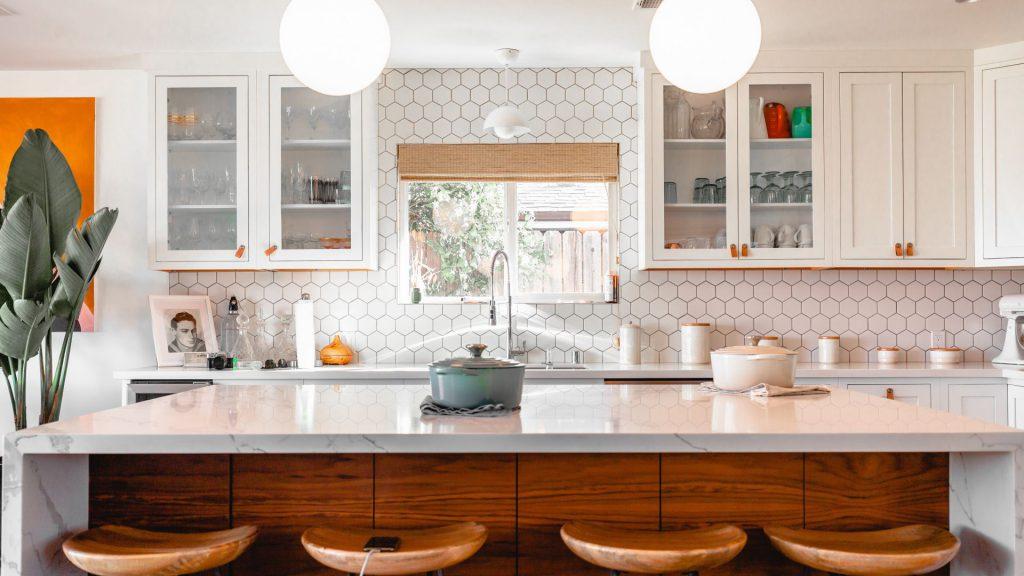 Màu sắc gạch lát nền nhà bếp