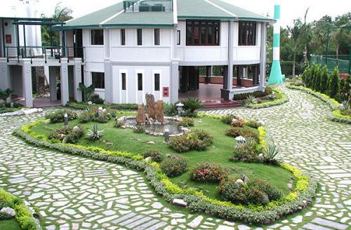 BST 20+ mẫu gạch lát sân vườn biệt thự đẹp, chống trơn tốt nhất 2021 12